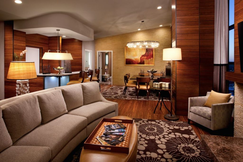 best-hotels-in-nashville-hutton